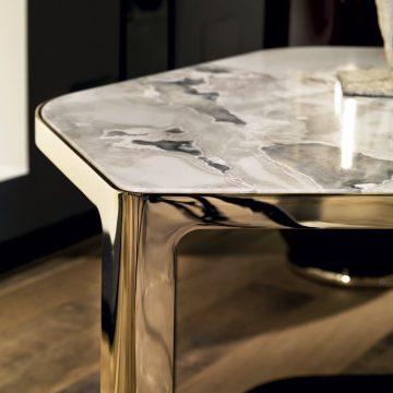 Столик Tiles