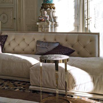 столик Amadeus